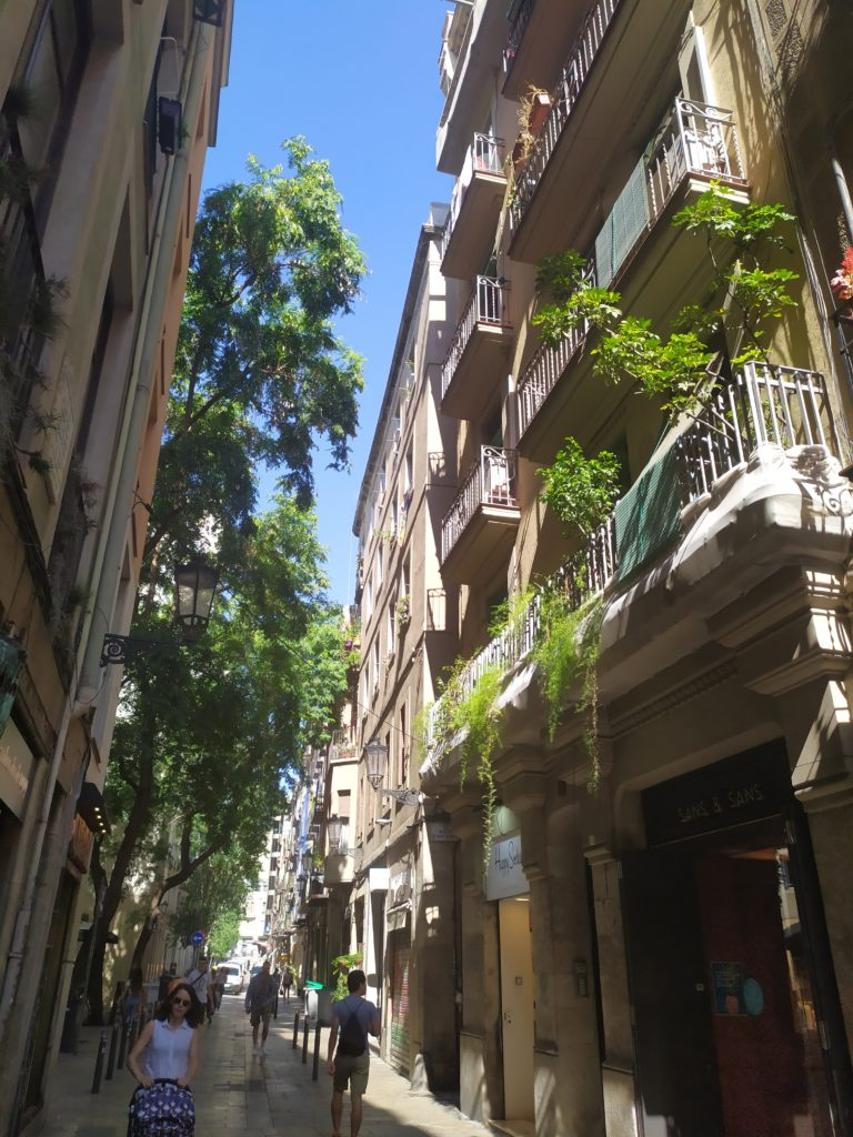 Улица в Барселоне