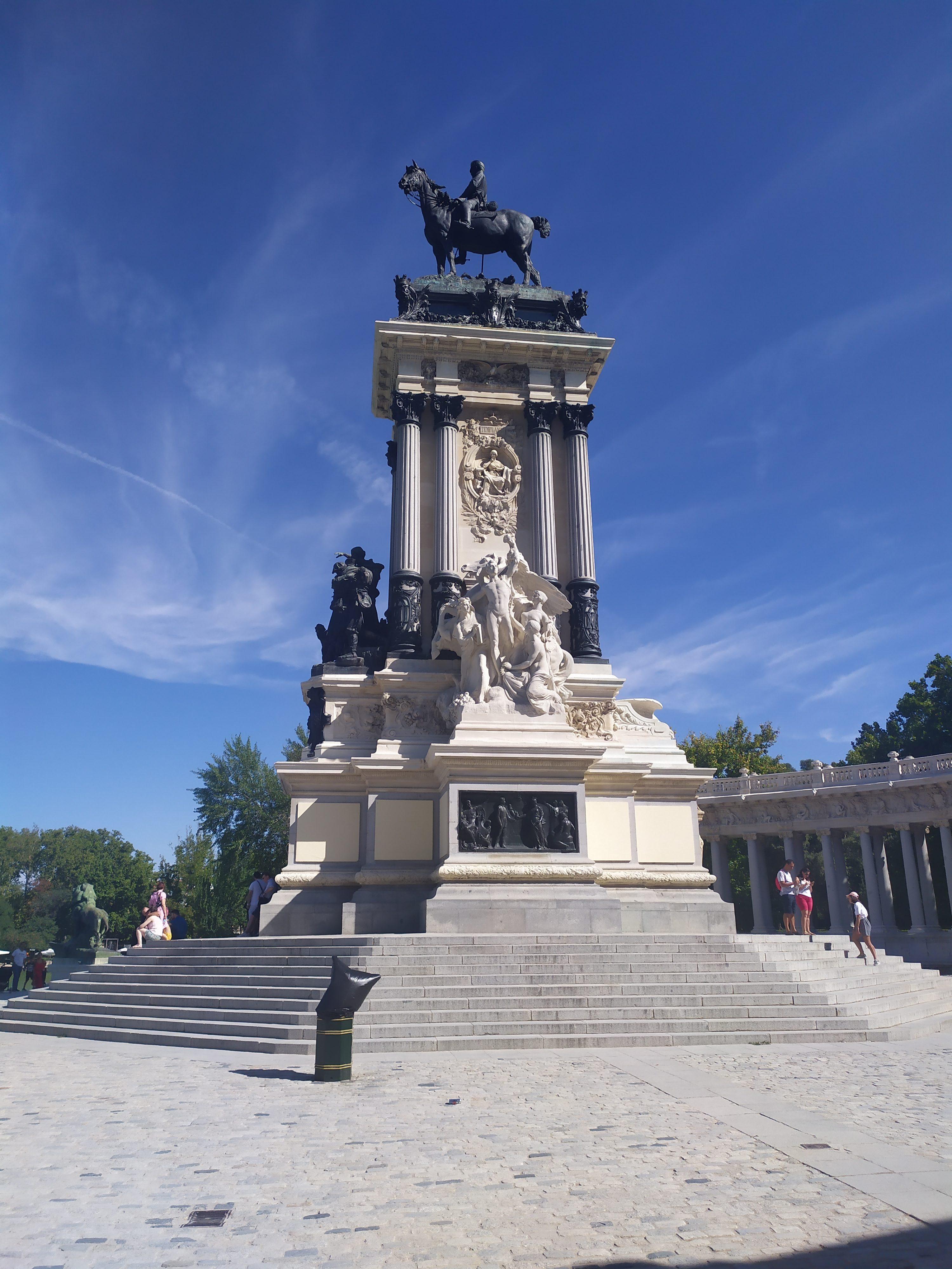 Памятник Альфонсо XII