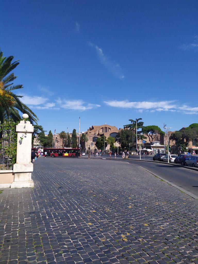 Около вокзала Рима